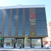 Milano Plaza